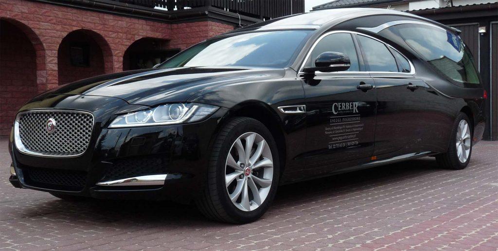 Jaguar XF GRAND AURORA Pilato