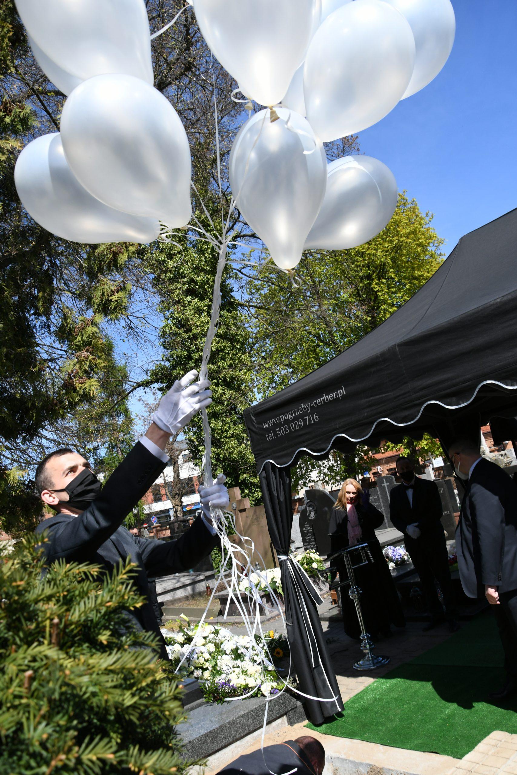 Pogrzeby dzieci w Warszawie
